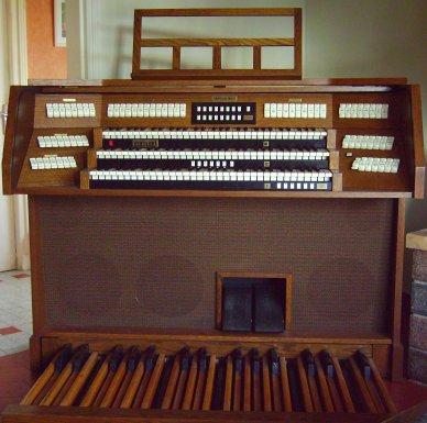 Vends orgue eminent omegan 9000 analogique annees 90 60 for Monsieur meuble bourges